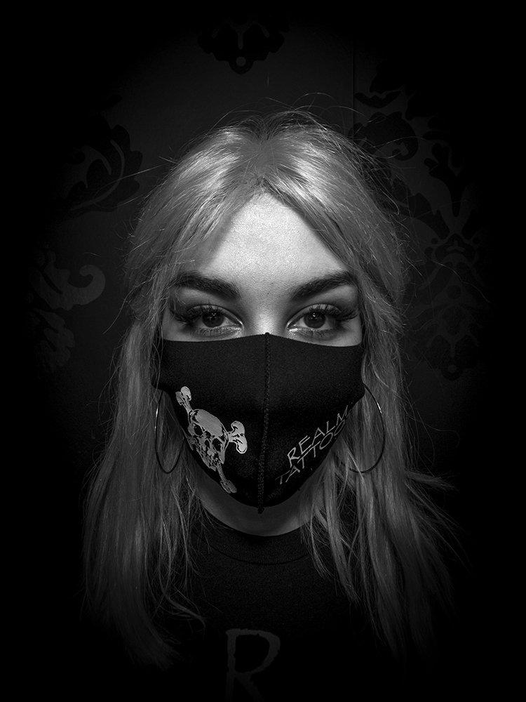 Ylanna Betancourt - Tattoo Intern - Headshot 01